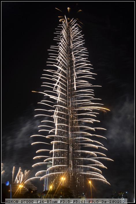 2012年元旦迪拜塔烟火表演