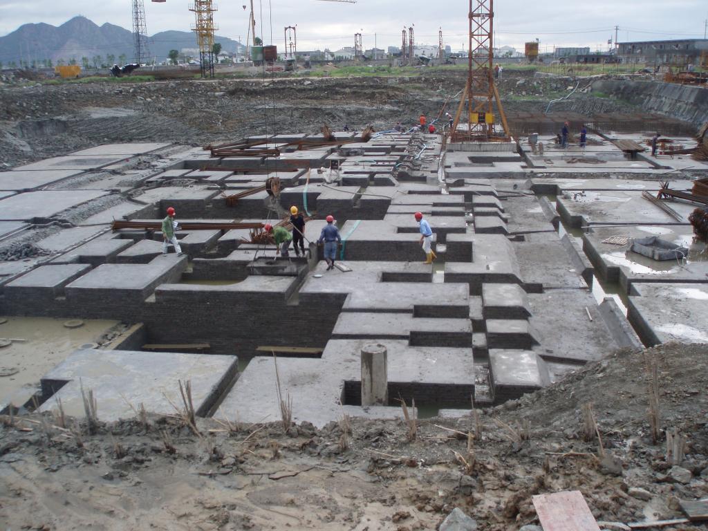 6建筑地下室基础垫层施工完毕