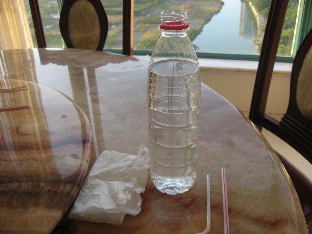 科技小制作矿泉水瓶喷泉